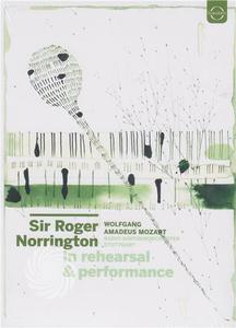 Wolfgang Amadeus Mozart - Sir Roger Norrington in rehearsal and performance - DVD - thumb - MediaWorld.it