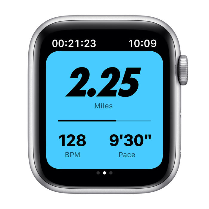 APPLE Watch Series 6 Nike GPS+Cellular 44mm in alluminio argento - platino/nero - thumb - MediaWorld.it