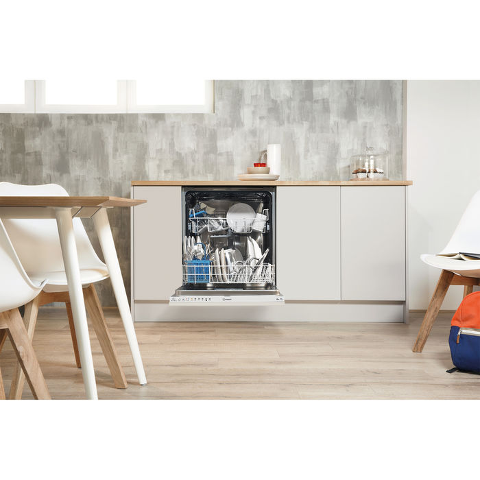 INDESIT DIF 14B1 A EU - thumb - MediaWorld.it