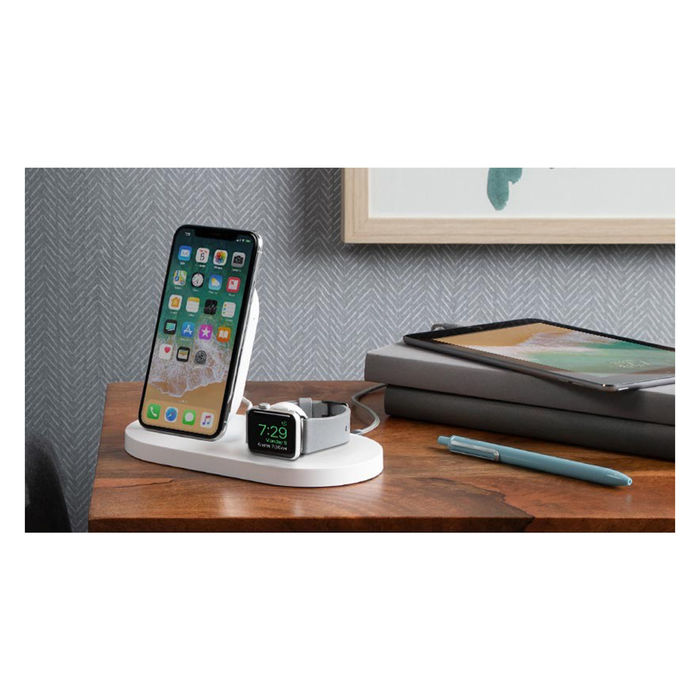 BELKIN Wireless Charging Dock per iPhone + Apple Watch - thumb - MediaWorld.it